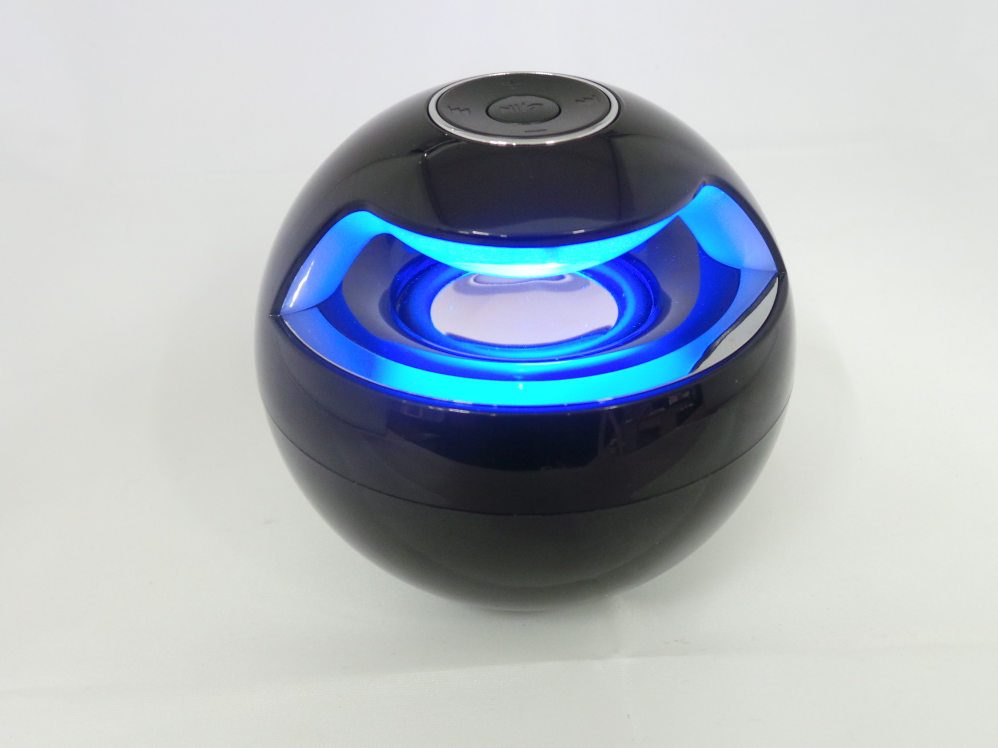 enceinte bluetooth lumineuse ronde universelle 3w rms pour tout appareil audio ebay. Black Bedroom Furniture Sets. Home Design Ideas